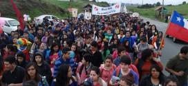 Cerca de mil jóvenes junto a sus familias fueron parte de la Séptima Caminata Juvenil