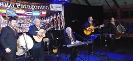 Brillante cuarta versión del Canto Patagónico se vivió en Achao