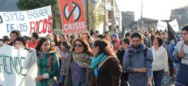 Una gran marcha se realizó en apoyo a los pescadores artesanales