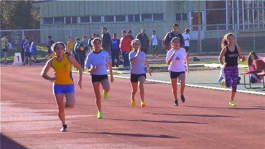 Más de 500 atletas participaron de regional de atletismo