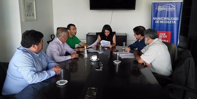 Una fructífera visita a Santiago están realizando los concejales de Castro